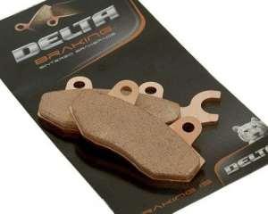 Plaquettes de frein DELTA BRAKING frittées DB2340QDN pour HONDA 125 VT CX/CY/C1,3,4,7/C21/C2Y Shadow année de construction 99-08 (Avant)