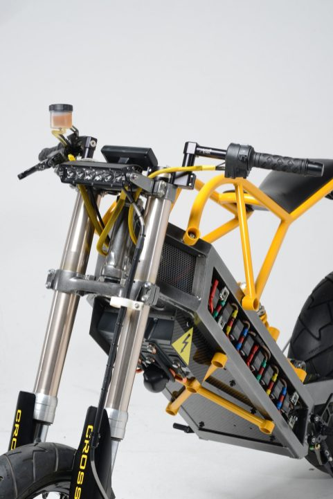 ExoDyne-Electric-Motorcycle-8-1480x2217