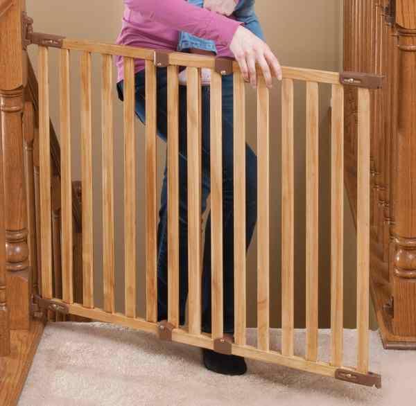 Baby Gate Banister Mount
