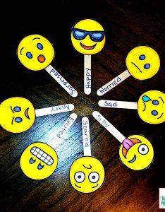 Emoji feeling faces emotion recognition also feelings kiddie matters rh kiddiematters