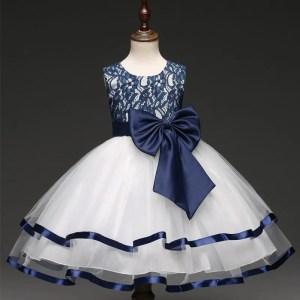 שמלה אצילית