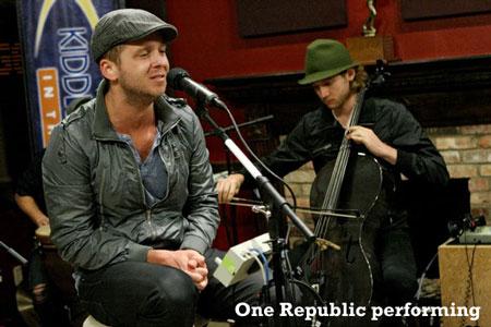 One-Republic-performing-450