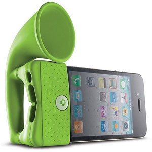 iPhone-on-speaker