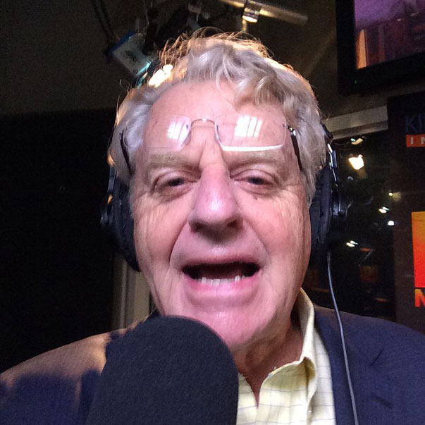 jerry-springer-selfie