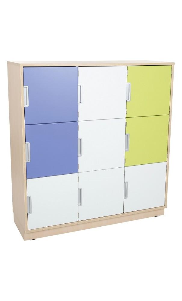 grand meuble avec casiers et portes