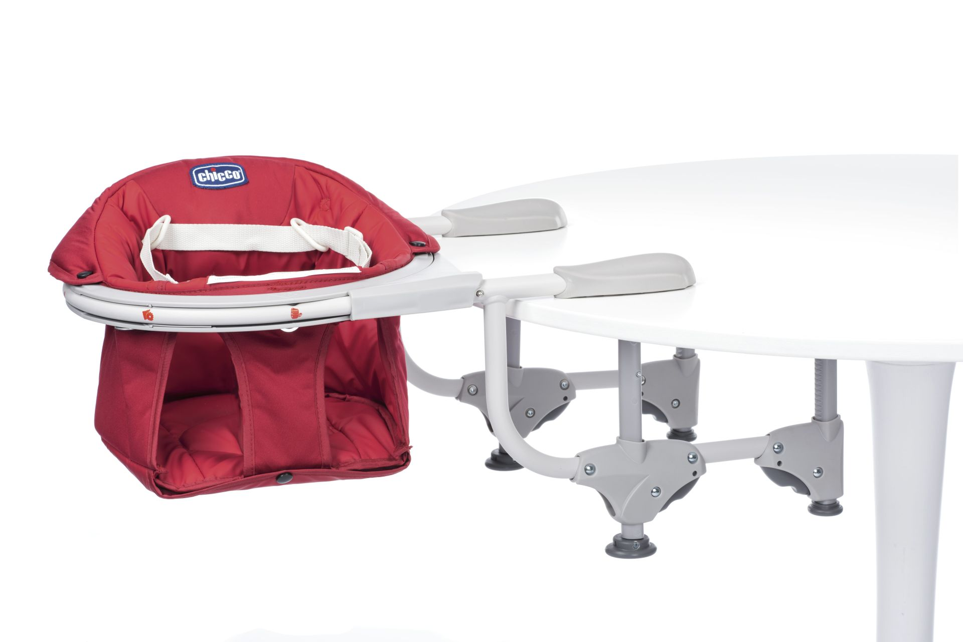 Chicco 360 Hook On Chair  Buy at kidsroom  Living