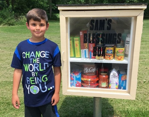 Kidsburgh Hero's mini-food pantry just the beginning of charitable efforts