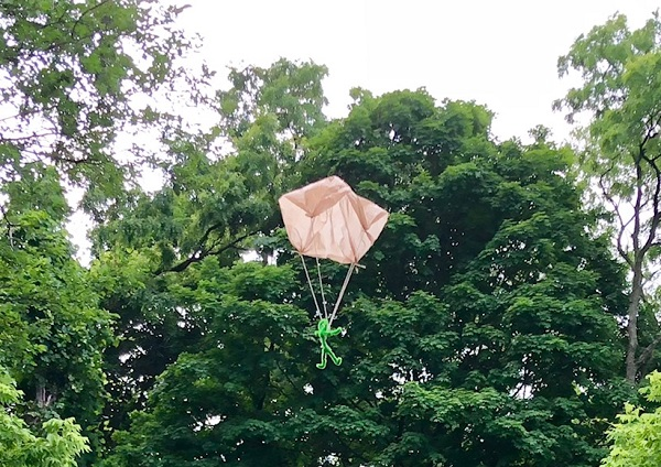 Maker Monday: Floating Parachute