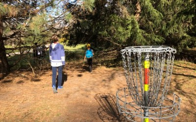 Disc Golf with Kids in TOw