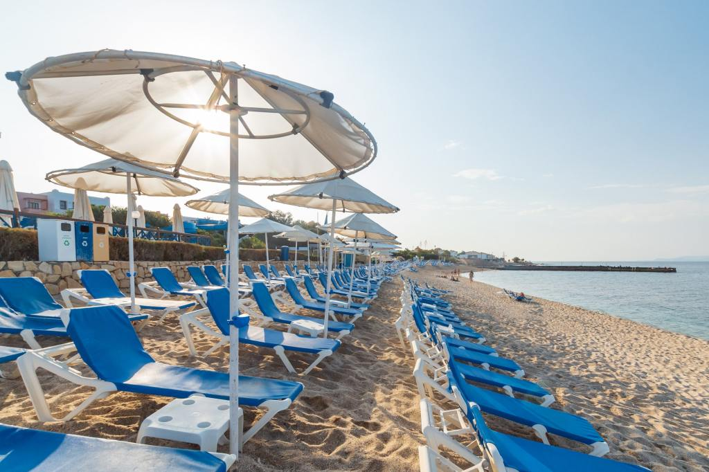 Low season sunbeds Hersonissos DP-min