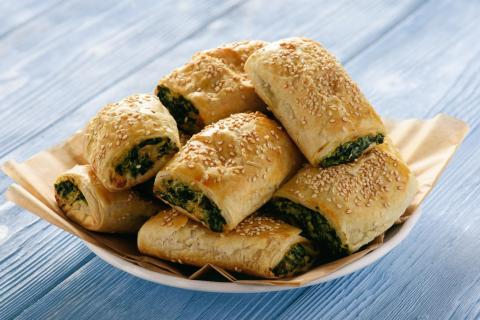 spinach pasty pies snack