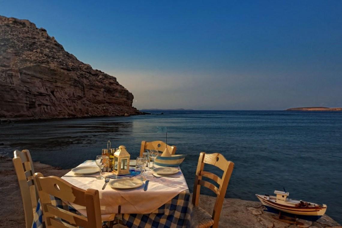 Chiona beach seafood restaurant amanakis family