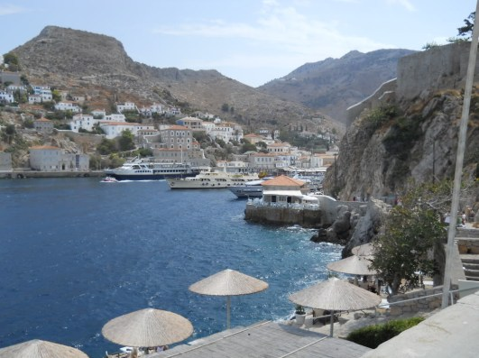 Main harbor at Hydra 2