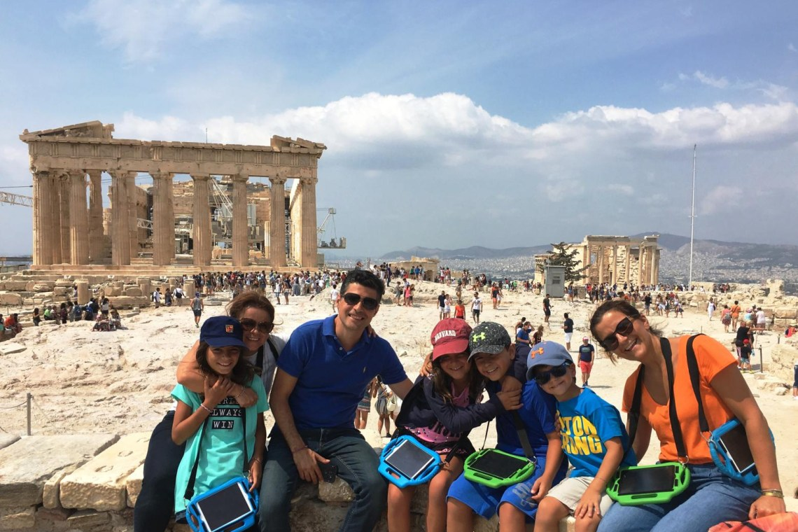 Family tour in Acropolis KidsLoveGreece.com