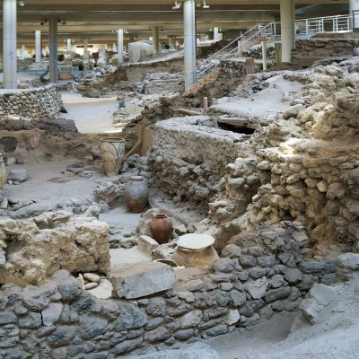 Guided visit to Akrotiri &  Pottery Workshop