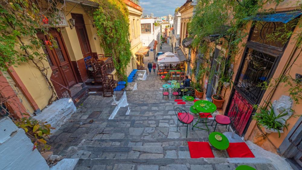 Athens Treasure Hunt for Families – Private Guided Tour