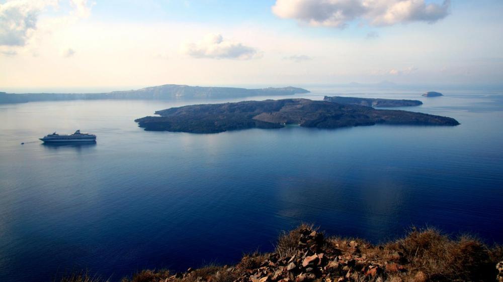 Visit to the Volcano in Santorini