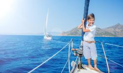 How to do island hopping with Kids in Greece