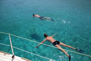 sailing with the family activities kids love Greece family day cruise to Dia Crete