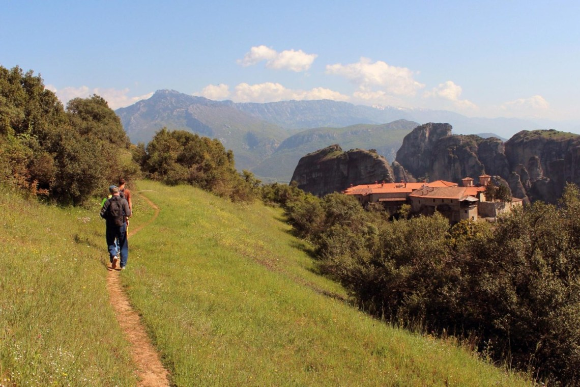 family hiking tour Thessaly kidslovegreece meteora locals Greece experts group