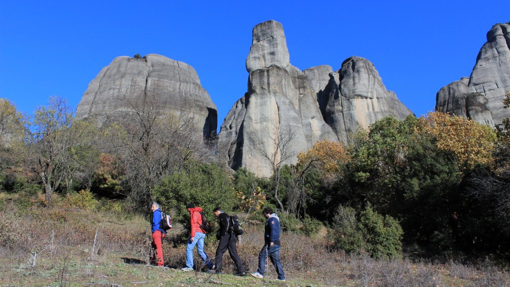 meteora family hiking tour Greece Thessaly locals experts group kidslovegreece