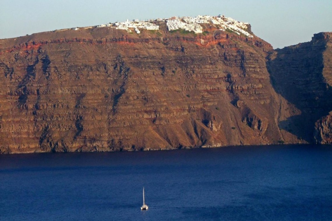 Santorini family sailing sunset tour KidsLoveGreece.com