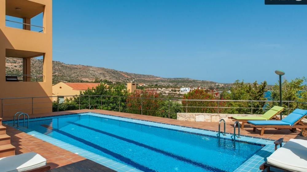 Family Pool Villa in Loutraki Chania Crete
