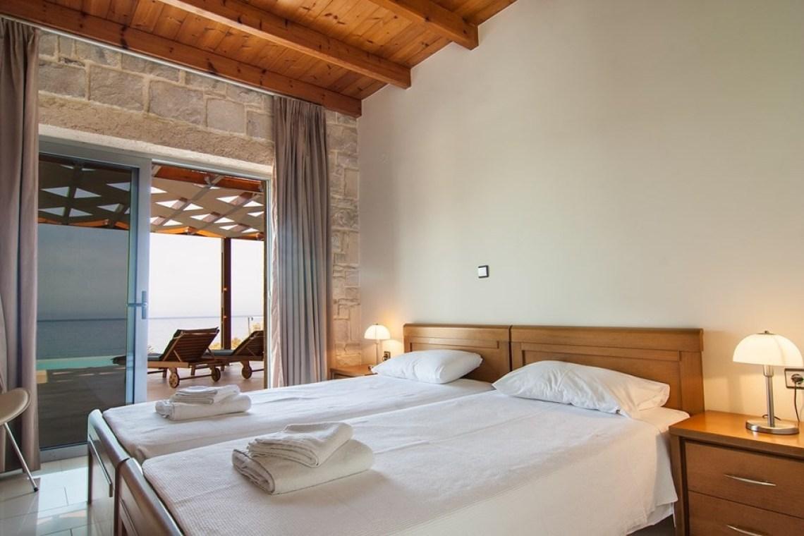 accommodation for families family villa corallium western chania sfinari crete kids love greece