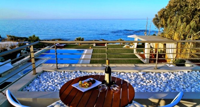 Luxurious family villa for holidays Hersonissos