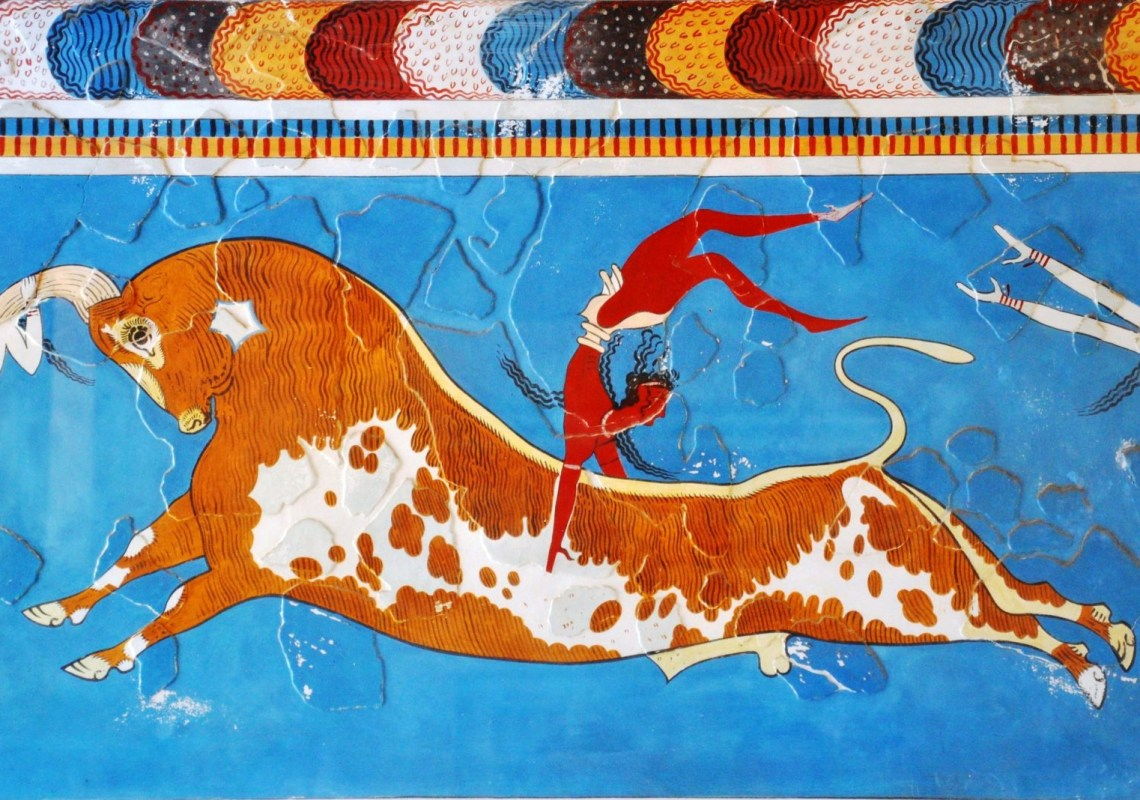 Bull leaping fresco taurokathapsia Knossos family guided tour kids love greece Crete