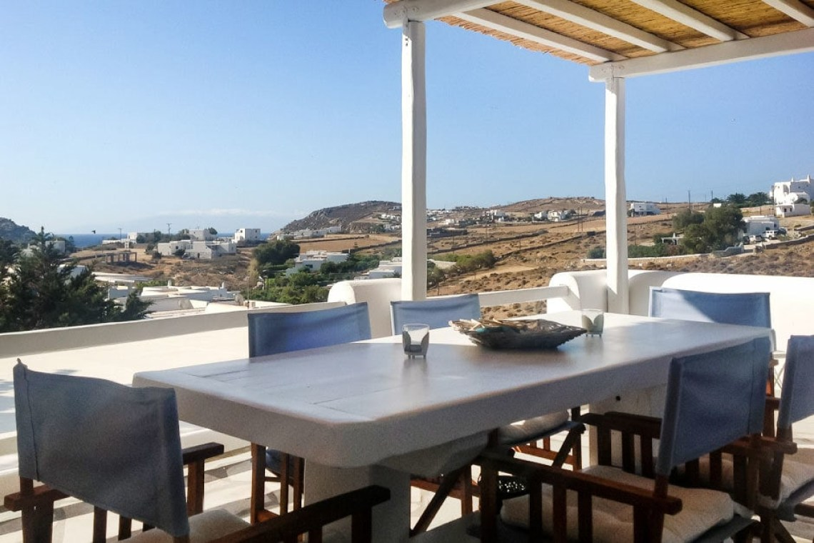 cosy family vacation maisonette in Kalafatis Mykonos island cyclades kids love greece accommodation for families
