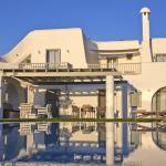 plaka south private family villa aqua breeze naxos island kids love greece accommodation for families