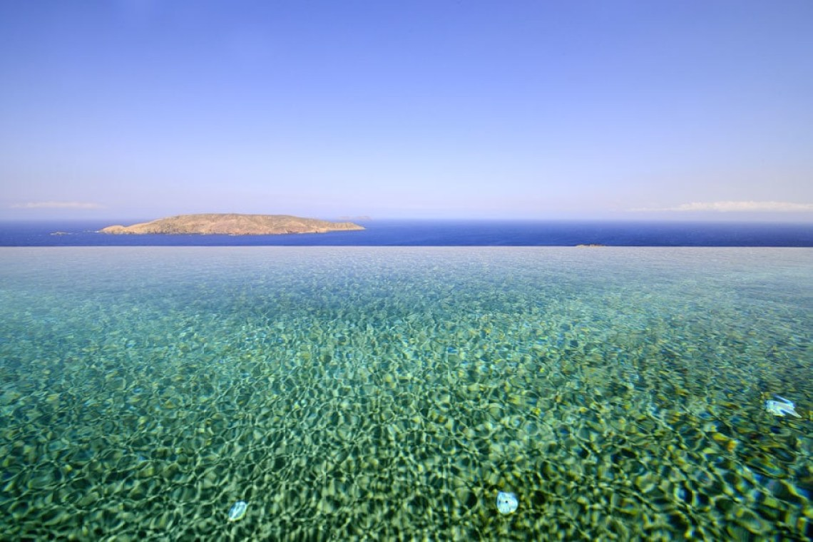 accommodation for families the Drakothea family residence in Myconos island kids love greece luxury villa cyclades