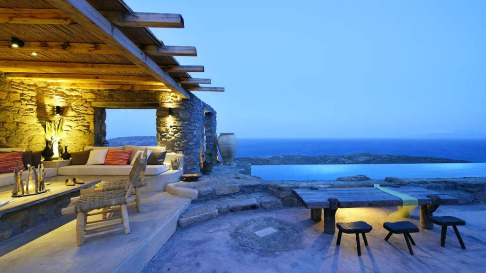 The Drakothea Family Residence in Myconos Island