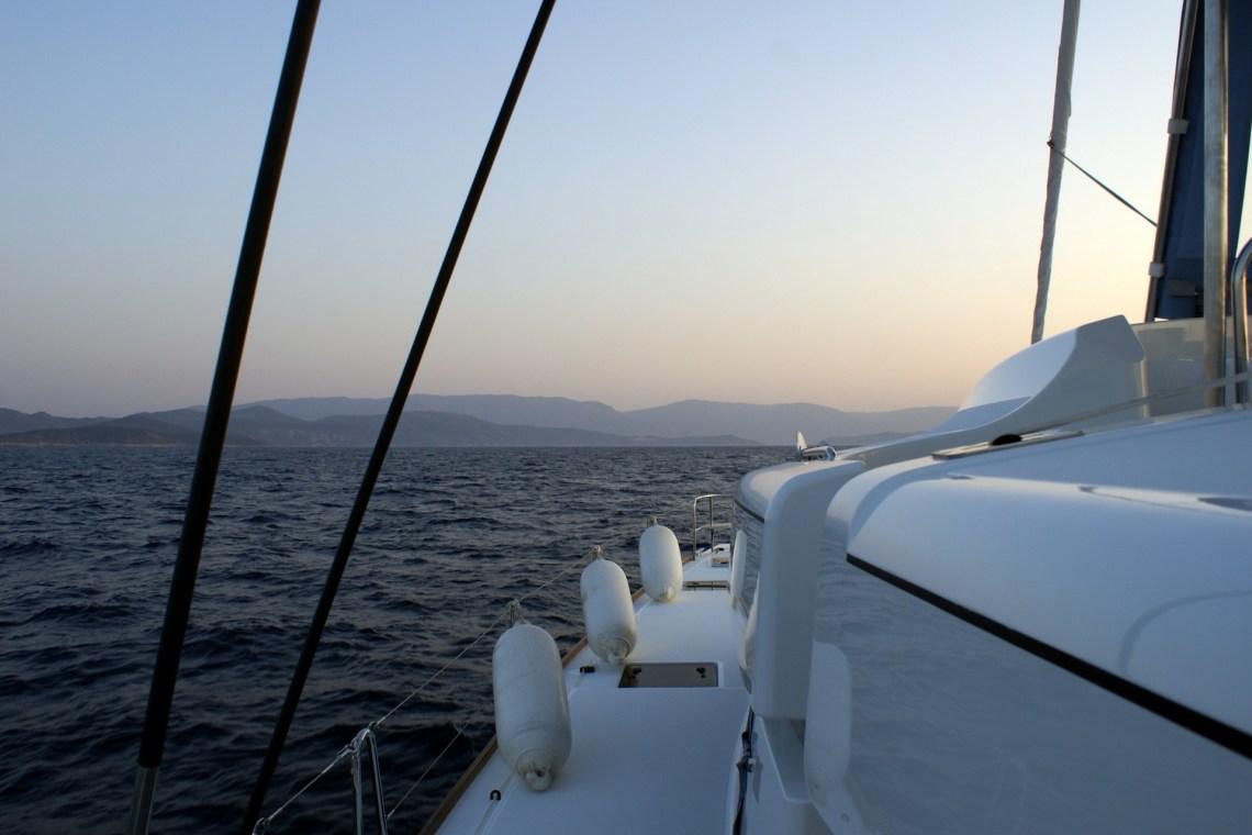 catamaran sailing cyclades deck Kidslovegreece.com