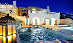 Cosy Family Summer House in Mykonos island