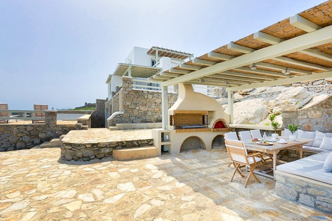 kids love greece spacious family vacation villa in Mykonos island Sophia residence accommodation for families Ornos bay Cyclades