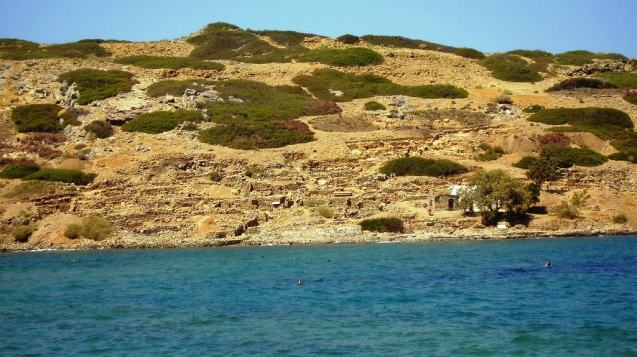 Excavations and Stories from the Past Family Tour, Crete