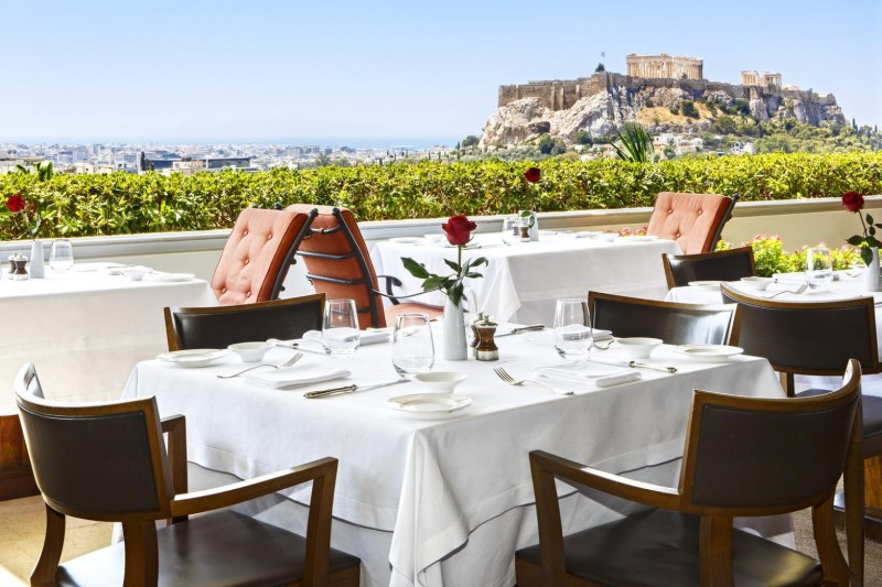 Luxury 5 star hotels for families in Greece