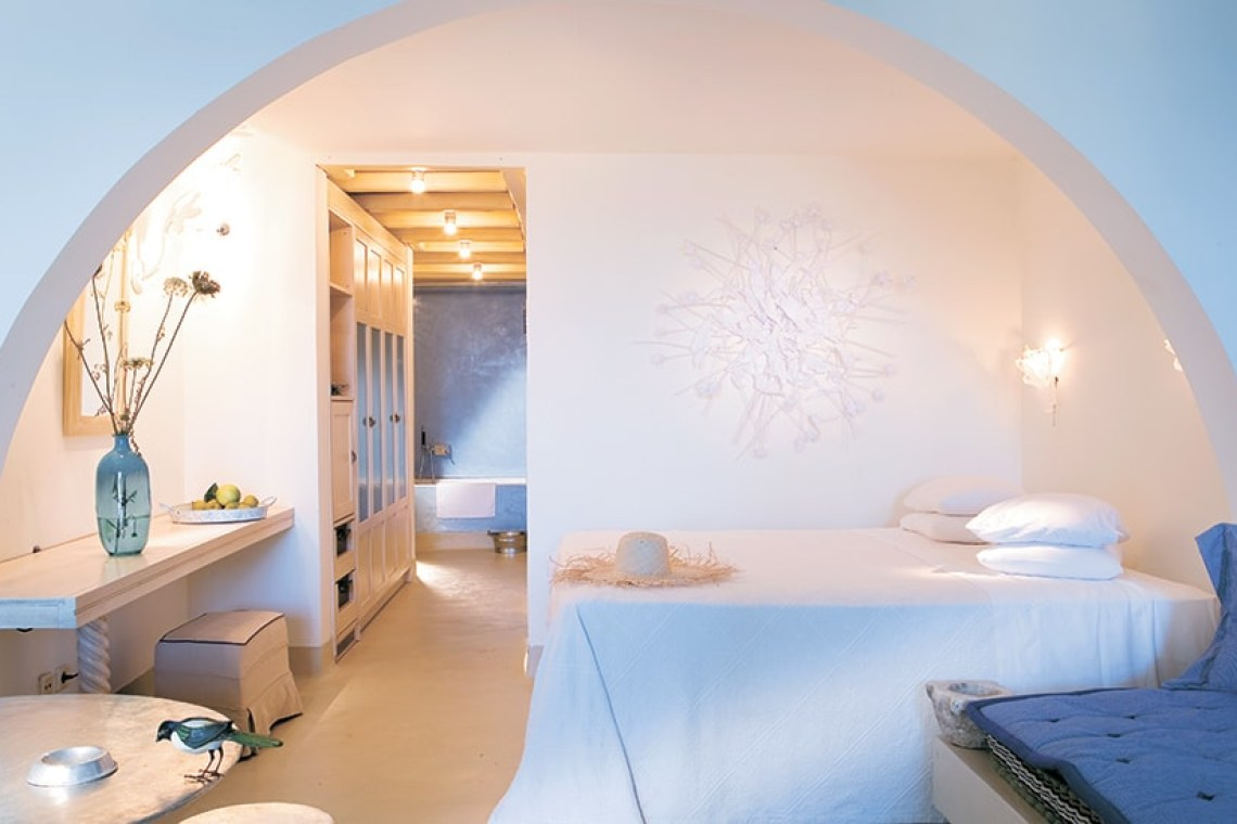 The Mykonos Blu Grecotel Exclusive Resort Cyclades Hotel best accommodation luxury high standards Greece families kidslovegreece Psarou private beach greek islands