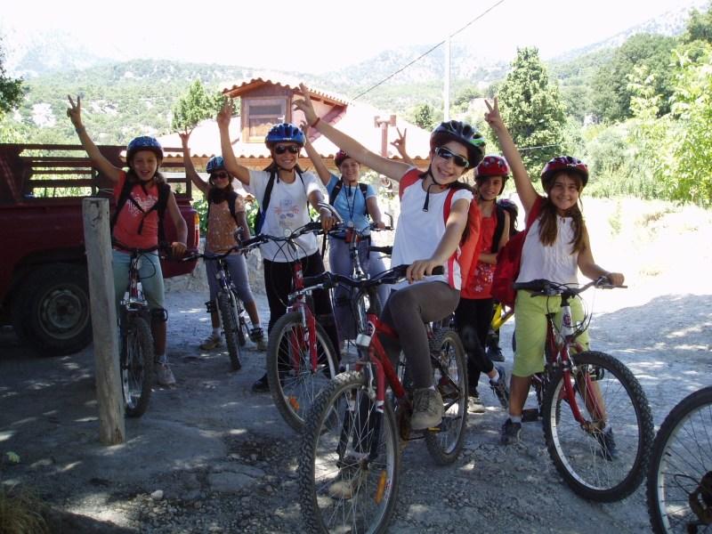 Top outdoor activities for families in Crete