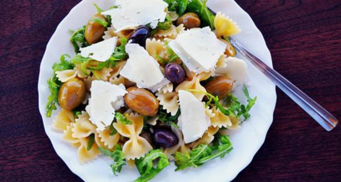 Athens Vegetarian Food Tour for Families