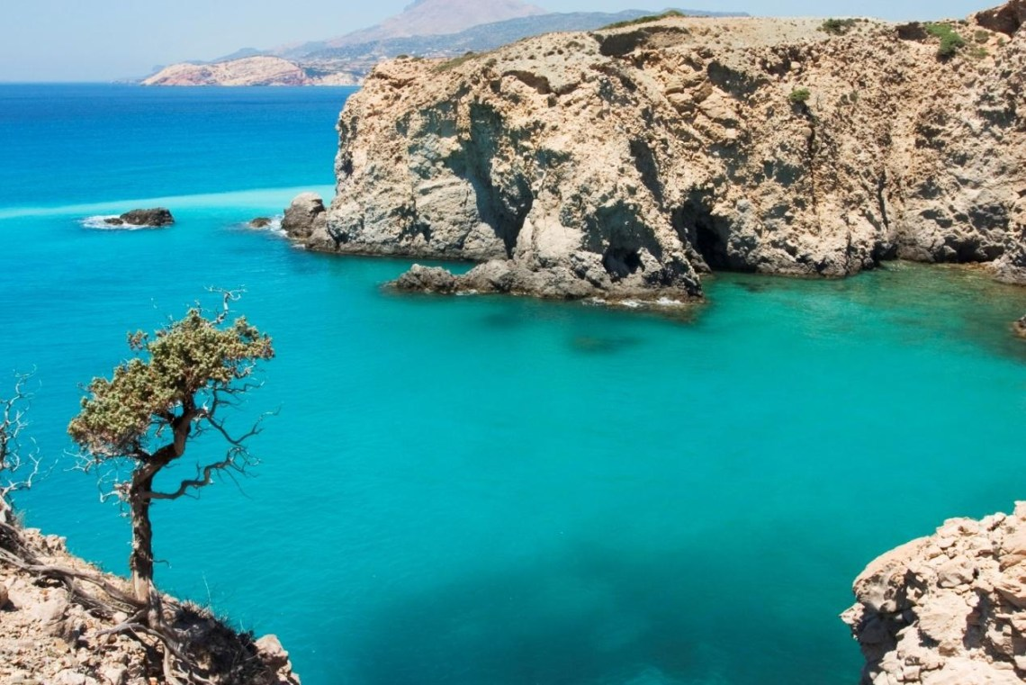 best Cyclades islands for family vacations