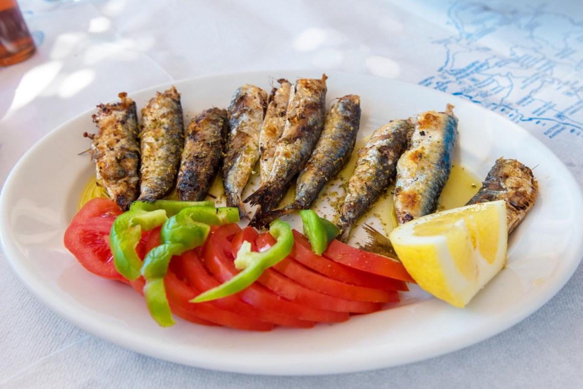 Naxos cooking and food tasting tours KidsLoveGreece.com