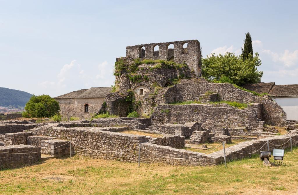 Ruins of Ioannina castle, Epirus, Greece DP-min