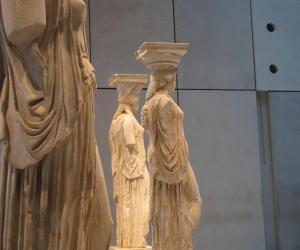 The Acropolis Museum for families Group Tour
