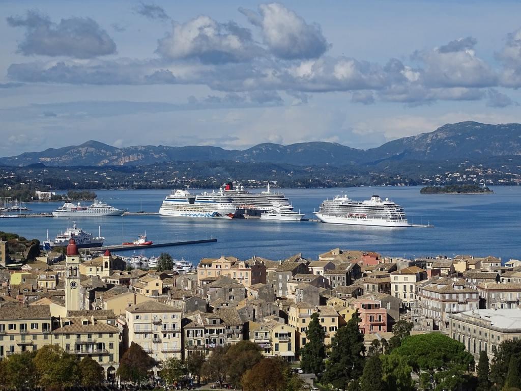 Corfu port corfu-3290544_1280 PXB-min