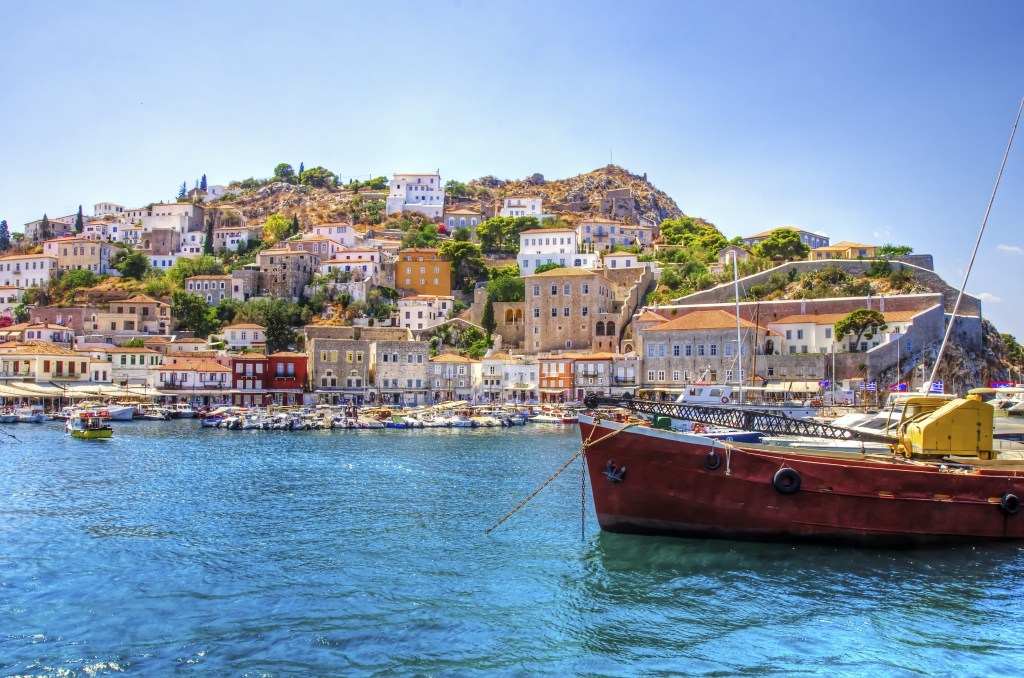 An overview of Hydra's port and village
