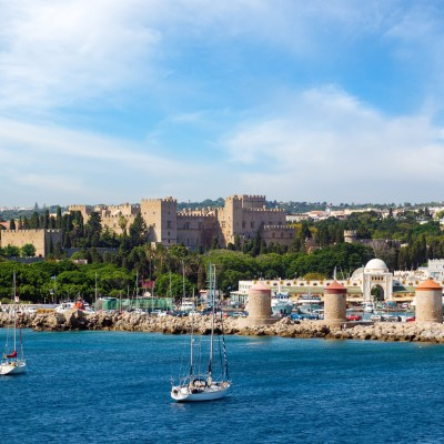 Kids Love Rhodes: The Perfect Family Getaway