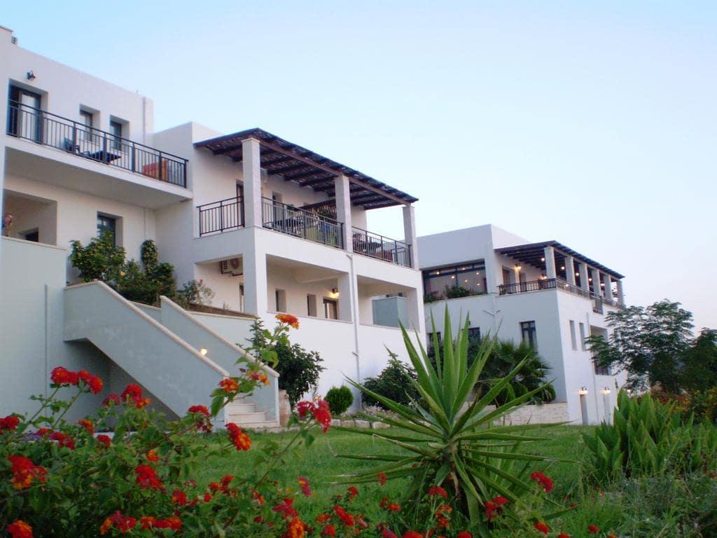 Roubini Apartments Elafonissi Beach Chania Crete Accommodation for families